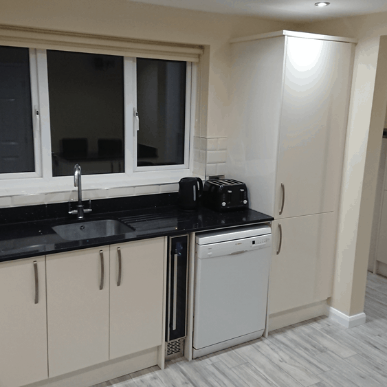 Modern-Kitchen-Renovation-Sheffield-1