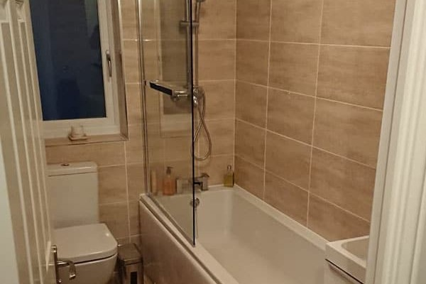 Bathroom-Fitting-in-Sheffield