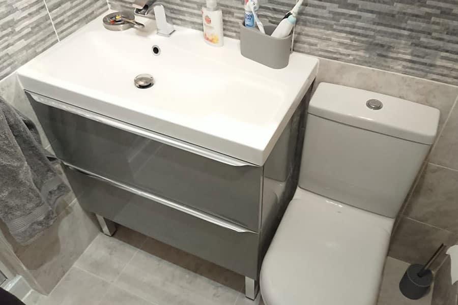 Bathroom-Fitting