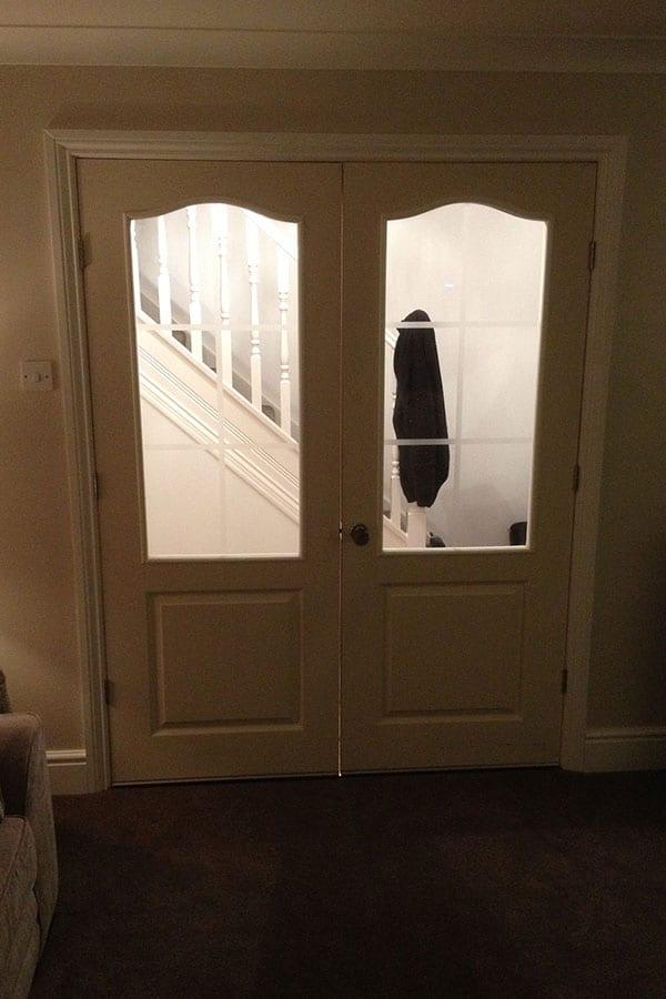 Door-Hanging